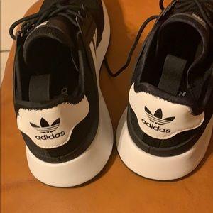 Adidas men size 9